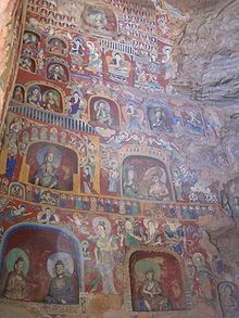 Northern Wei wall murals and painted figurines from the Yungang Grottoes
