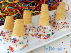 The Partiologist: Sprinkles Birthday Cakepop Cones!