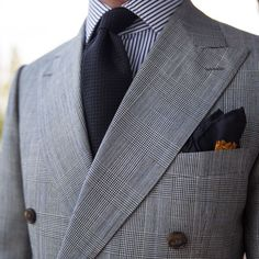 """paul-lux: """"Clean masculine lines - signature of DB That was my second one and I like every bit as the other two I have Dress Suits For Men, Suit And Tie, Men Dress, Sharp Dressed Man, Well Dressed Men, Mens Fashion Suits, Mens Suits, Terno Slim, Suit Combinations"""