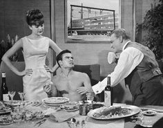 One Two Three - Pamela Tiffin Horst Buchholz James Cagney Hollywood Star, Golden Age Of Hollywood, Vintage Hollywood, Classic Hollywood, James Cagney, Horst Buchholz, Pamela Tiffin, The Lost Weekend, Critique Film