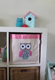 This Owly Square Storage Hamper from Forwalls will make a great addition to a woodland themed nursery. Made from all natural cotton canvas with a felt motif and cotton embroidery. Kallax, Cube Storage, Storage Baskets, Small Storage, Ikea Expedit Shelf, Ikea Bookcase, Bobble Art, Nursery Storage, Educational Toys For Kids