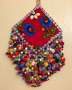 Handmade charms made of sand beads, felt, colored stones and ethnic ornaments. Textile Jewelry, Fabric Jewelry, Felt Crafts, Diy And Crafts, Diy Recycling, Felt Baby, Felt Ornaments, Handicraft, Hand Embroidery