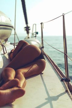 Girls and yachts ...