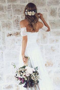 Green wedding dress. #weddingdress