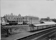 Wellington Street from across the railway station platform, 18 March 1911 Lost Hotel, Wa Gov, Australian Continent, Perth Western Australia, Largest Countries, Small Island, Tasmania, Capital City, Continents