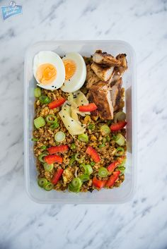 Make bento, not war! Bento, Cobb Salad, Ethnic Recipes, How To Make, Food, War, Cooking, Kitchen, Essen