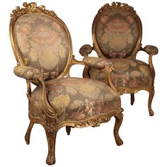Pair of French Louis XV Style Rococo Revival Gilt Fauteuil Antique Arm Chairs
