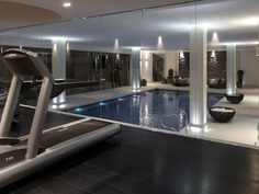 Fitness gym interior indoor pools 43 ideas for 2019 Gym Interior, Interior Windows, Home Interior Design, Interior Garden, Pool House Piscine, Dream Home Design, House Design, Inside Pool, Basement Pool