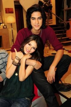 I shipped them so hard- And then I found out beck and jade were dating. I was heartbroken Victoria Justice, Tori And Beck, Beck Oliver, Tori Vega, Avan Jogia, The Way He Looks, Faith In Love, Cute Gif, Celebs