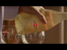 ▶ Martini Royale Commercial NL - YouTube