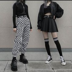 Adrette Outfits, Skater Girl Outfits, Neue Outfits, Gothic Outfits, Teen Fashion Outfits, Retro Outfits, Cute Casual Outfits, Punk Rock Outfits, Flannel Outfits