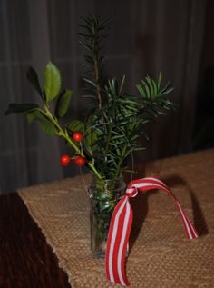Colonial Christmas Craft Decoration Idea Mini Salt jar or mini mason jar filled with fresh Christmas greenery!