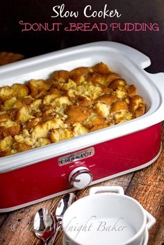 Slow cooker donut bread pudding | bakeatmidnite.com