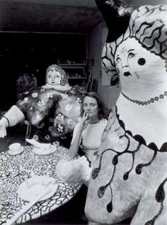 Niki de Saint Phalle, Soisy sur Ecole, 1971 by Robert Doisneau