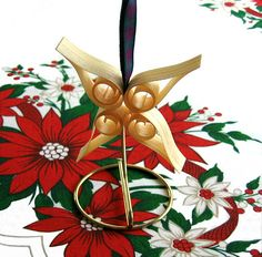 Scandinavian-Wood-Shaving-Christmas-Tree-Ornament