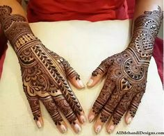 Beautiful Mehndi Design - Browse thousand of beautiful mehndi desings for your hands and feet. Here you will be find best mehndi design for every place and occastion. Quickly save your favorite Mehendi design images and pictures on the HappyShappy app. Beautiful Arabic Mehndi Designs, Peacock Mehndi Designs, Stylish Mehndi Designs, Wedding Mehndi Designs, Dulhan Mehndi Designs, Beautiful Mehndi, Latest Mehndi Designs, Mehndi Designs For Hands, Henna Mehndi