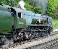 Trackside Classic: Southern Railway Merchant Navy and West Country / Battle of Britain Class Pacifics – Wartime Ambition, Peacetime Reality Southern Trains, Diesel, Steam Railway, Southern Railways, Merchant Navy, British Rail, Train Engines, Battle Of Britain, Model Train Layouts