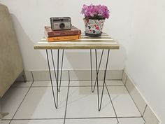 DIY Mesinha com pé de vergalhão - Ideias em Casa