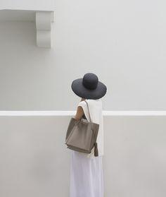 remain simple. Faceless portrait inspiration