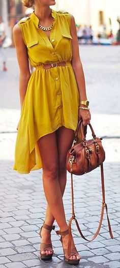 spring / summer - street chic style - beach look - sleeveless mustard shirt dress + brown belt, handbag and heeled sandals + statement necklace See more of today's top street fashion here Looks Street Style, Looks Style, Look Fashion, Street Fashion, Street Chic, Fashion 2015, Womens Fashion, Street Wear, Fashion News