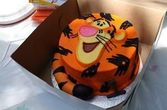 tigger cake!! I want this for my next birthday!!!!