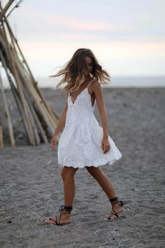 White sundresses for the beach are the best way to go lighter and enjoy the warm beach days best. See more like this at snazzylair.com