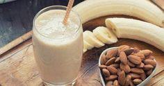 Reduce grasa del vientre con bebida de plátano congelado antes de dormir
