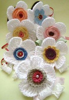 * Crochet flowers - all in openwork . (crochet) - Home Moms Crochet Motifs, Crochet Flower Patterns, Crochet Stitches, Love Crochet, Crochet Gifts, Irish Crochet, Hat Crochet, Yarn Flowers, Knitted Flowers