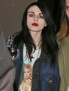 My inspiration for my makeup. Frances Bean Cobain.