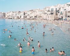 Italian Beach Scenes by Massimo Vitali #inspiration #photography