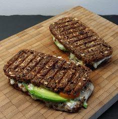 Klidmoster.dk: Grilled cheese med avocado og baconchutney...