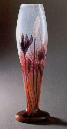 Эмиль Галле-(Emile Gallé) Emile Gallé French Art Nouveau Glassmaker, 1846-1904 Эмиль Галле был уникальной личностью. Этот чрезвычайно талантливый и энциклопедически образованный человек,…