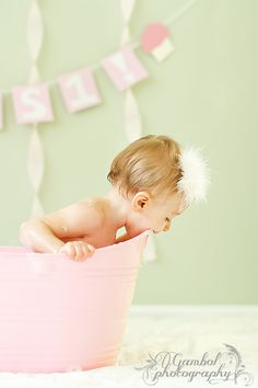 Sweet baby girl 1-year old session! Cake smash / bubble bath!     Gambol Photography