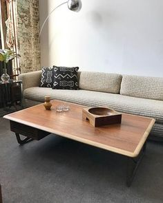 Mid Century Lane coffee table made of walnut and oak. Double sided drawer and really pretty leg details • $275 (has a small mark in the top, but is the perfect place for a coaster)  #midcentury #midcenturymodern #midcenturyfurniture #lanefurniture #walnut #oak #coffeetable #midcenturycoffeetable #livingroom #livingroomdecor #inspo #style #milobaughman #vintagefurniture #sundaynights