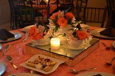 Centros de mesa vintage de mi boda. Juego de te con flores