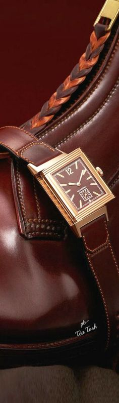 ❇Téa Tosh❇Jaeger-LeCoultre UnVeils the Grand Reverso Ultra Thin 1931 Chocolate Dial.