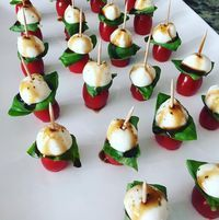 These are the yummiest appetizers you can make for a party! It isn't that expensive either to make. Ingredients: Carton of cherry tomatoes Basil leaves Bocconcini (mozzarella balls) 1 cup balsamic vinegar Over high heat, bring the balsamic vinegar to a boil in a saucepan. Lower heat to medium and simmer for about 10 minutes, …