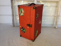 Vintage Childs doll trunk