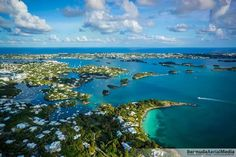 The race takes place on Bermuda's Great Sound, where steady ocean breezes mix with protected waters that are flat and fast, making it just possibly the best sailing venue on the planet. This intimate amphitheater offers a superb stage, with crystal blue waters and pink-sand beaches that create a stunning backdrop for the America's Cup.