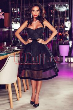 Rochie de seara baby doll neagra rafinata si elegant