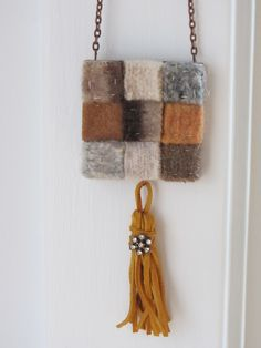 Necklace in brown shades, made from felted wool. $ 25 www.etsy.com/shop/casanoni