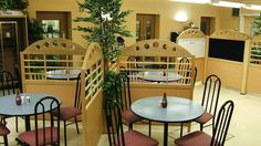 Solid timber restaurant screens - Linked together with central planter box. Screens have featured upper rail and solid wipe clean lower. Timber Screens, Bespoke Design, Planter Boxes, Trellis, Cleaning Wipes, Layout, Restaurant, Flooring, House