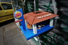 "Fast Food ""Fly Thru"" Bird Feeder, Looks Like a Tiny Burger King,  even has LED lighting for night flying birds, so fricken cute"