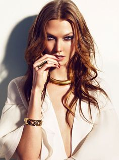 Karlie Kloss Gets Glam in Gucci for Vogue Spain