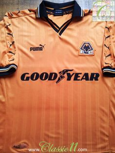 Relive Wolverhampton Wanderers' 1998/1999 season with this vintage Puma home football shirt.