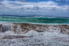 Snapper rocks a few weeks back  #snapper #snapperrocks #dbah #surf #beach #surfing #wave #waves #ocean #photooftheday #photowall #canon #liveoutdoors #beaches #insta_beach #visitgoldcoast #goldcoast #ourgoldcoast #sky #green #wanderlust #water_of_our_world #discoverqueensland #moregoldcoast #instadaily #queensland #discoverqueensland by quest_4_adventure