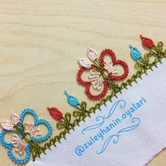 This post was discovered by Yo Thread Art, Embroidery Thread, Needle Lace, Embroidered Flowers, Friendship Bracelets, Tatting, Needlework, Diy And Crafts, Elsa
