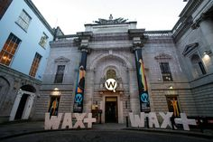 The National Wax Museum Dublin is a truly interactive visitor attraction. One of the best things to do in Dublin. The Ultimate entertainment experience. Dublin Sights, Dublin City, Dublin Tourist Attractions, Wax Museum, Ireland Homes, Camping With Kids, Dublin Ireland, Days Out, Places To Visit