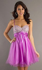 This would be such a cute bridesmaid dress!