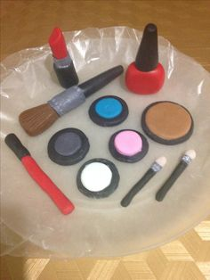 Edible Fondant Make Up